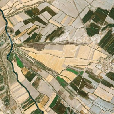 Ackerbau in der Ebene bei Deriyan