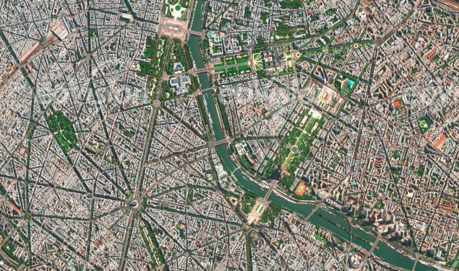 Paris - Frankreich; Weltstadt
