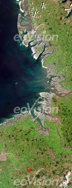 Wattenmeern bei Ebbe; Hier ist der starke Einfluss der Gezeiten gut zu sehen.