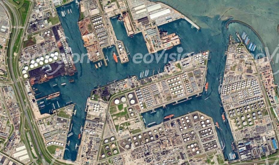 Rotterdam - größter Tiefseehafen Europas