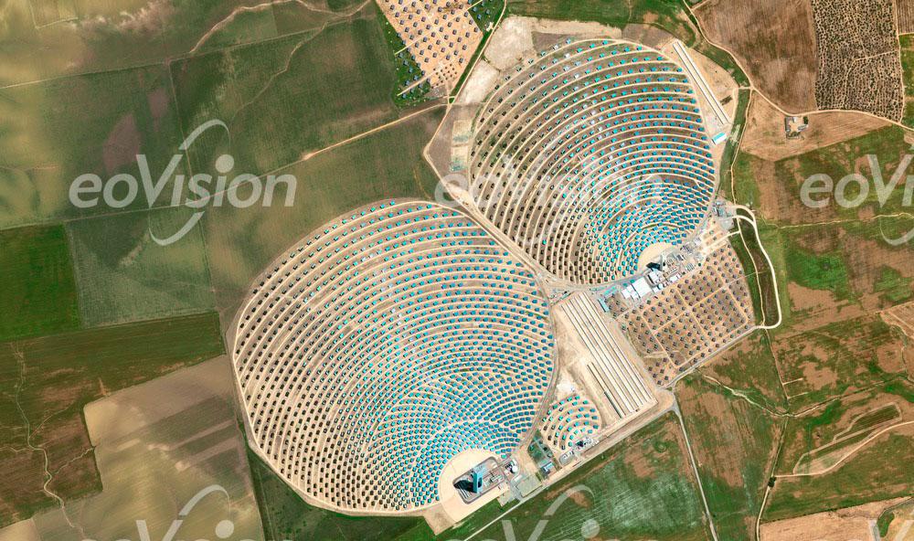 Sevilla - Energieerzeugung durch hunderte Spiegel