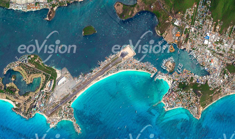 Princess Juliana Flughafen der kleinen Antilleninsel St. Martin