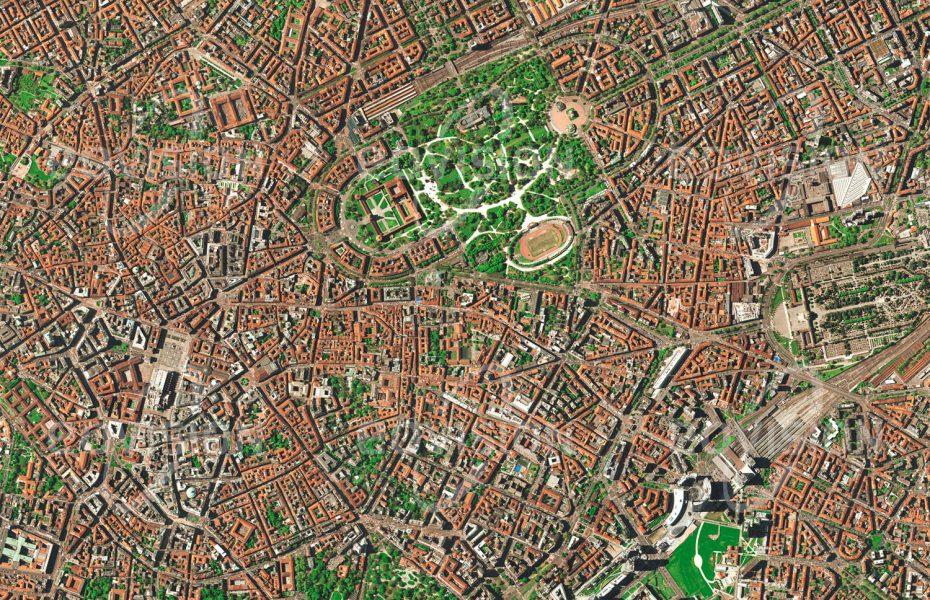 """Das Satellitenbild """"MAILAND - Italien"""" ist dem Bildband """"EUROPA - Kontinent der Vielfalt"""" entnommen. Bildbeschreibung: Mit 1,4 Millionen Einwohnern ist Mailand die zweitgrößte Stadt Italiens und zugleich dessen Industrie- und Finanzzentrum. Bekannt ist die Stadt als Zentrum der Mode- und Designwelt, die sich hier auf wichtigen Messen präsentieren. Mailand blickt auf eine stolze Geschichte zurück, die etwa mit der Burg der Sforza und dem gotischen Dom, einer der größten Kathedralen der Welt, markante Zeichen hinterlassen hat. Zum ausgeprägten Selbstbewusstsein der Milanesen trägt die wichtige Rolle der Stadt beim Entstehen Italiens im 19. Jahrhundert bei."""