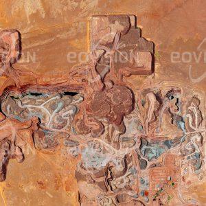 """Das Satellitenbild """"ARLIT MINE - Niger"""" ist dem Bildband """"NEW HUMAN FOOTPRINT - Unsere Welt im Umbruch"""" entnommen. Bildbeschreibung: Zu diesem Bild gibt es keine Bildbeschreibung"""