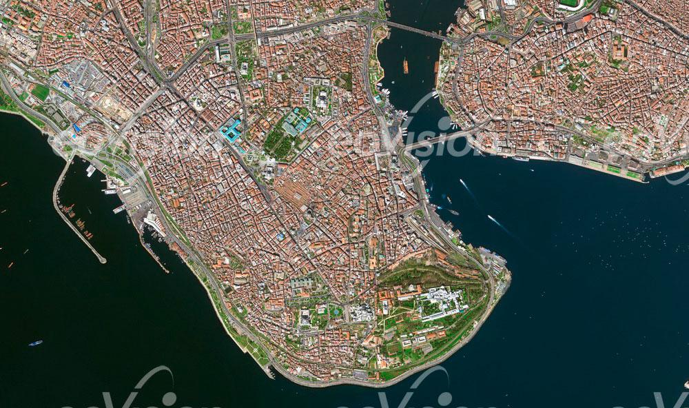Istanbul - wichtige Rolle bei der Kontrolle der vorbeiführenden Schiffsroute